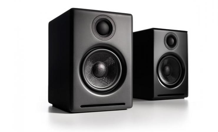 A2+ POWERED SPEAKERS (PAIR)